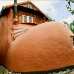 0-fata casa in forma de bocanc noua zeelanda