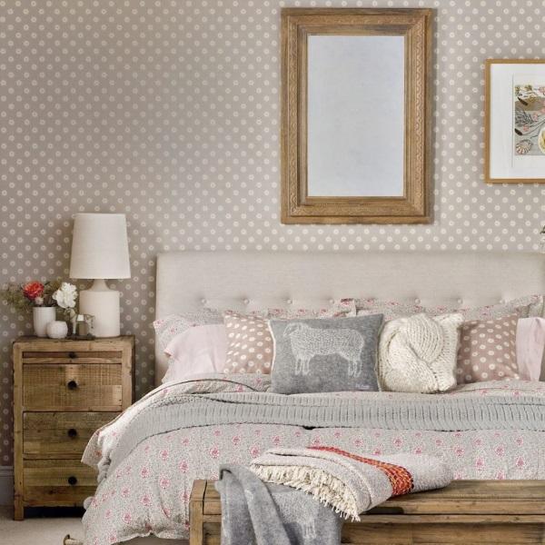 Dormitor frumos, amenajat simplu si curat