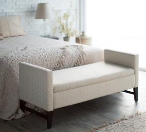 1-amenajare spatiu de la picioarele patului din dormitor