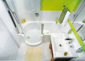 1-baie mica moderna amenajata si decorata in alb si vernil