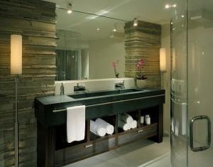 1-baie moderna cu lavoar dublu din piatra pentru doua persoane