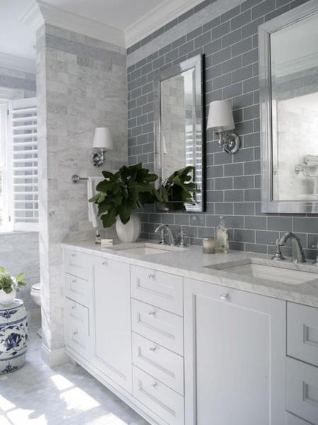 1-baie moderna stil scandinav amenajata in alb si gri