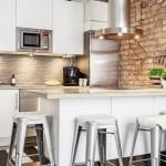 1-bucatarie moderna accente industriale perete placat cu caramida
