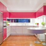1-bucatarie moderna cu mobila roz ciclam si alb