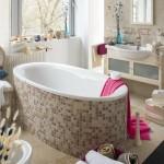1-cada ovala baie placata cu mozaic nuante de bej si maro