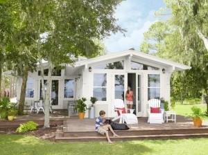 1-casa din lemn pe plaja renovata cu 120000USD