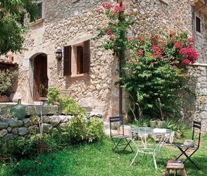1-casa frumoasa din piatra stil mediteranean in Mallorca Spania