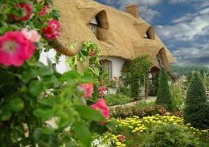 Case mici, de poveste, care aduc bucurie sufletului si starnesc imaginatia