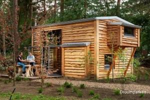 O casa minuscula pentru o familie de 4 persoane