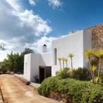 Casa veche din piatra cu interior modern – contraste spectaculoase