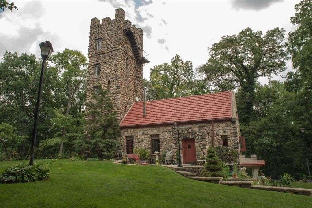 1-castel-medieval-piatra-Helmer-SUA
