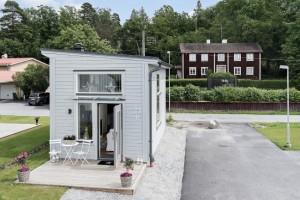 1-casuta moderna de 19 mp cu living bucatarie baie si dormitor