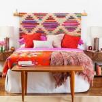 1-covor-taranesc-tesut-manual-montat-in-dormitor-pe-perete