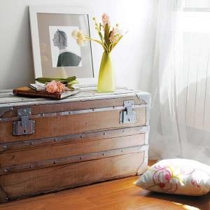 1-cufar din lemn decor living