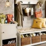 1-cum organizezi si ordonezi corect holul de intrare in casa