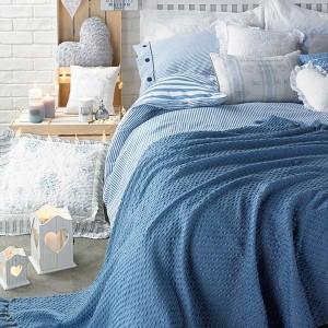 1-dormitor relaxant amenajat in nuante de albastru