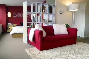 1-dormitor si living amenajate in aceeasi incapere