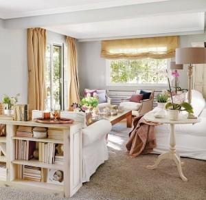 1-dulap sau etajera amplasate in spatele canapelei din living