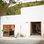 1-exterior casa mica de 45 mp Ibiza Spania