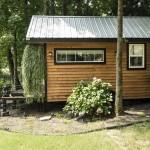 1-exterior casa mica din lemn de doar 12 mp