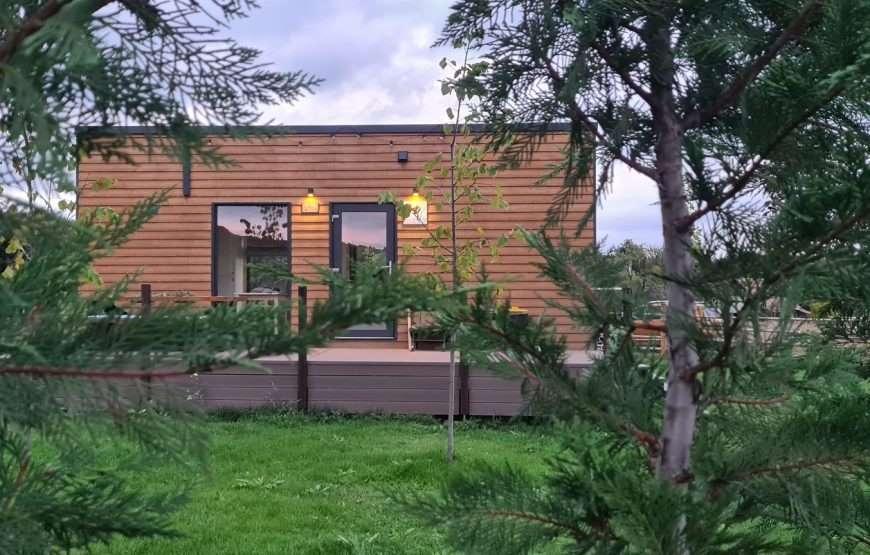 1-exterior-casa-mica-mobia-Tiny-Transylvania-Cluj