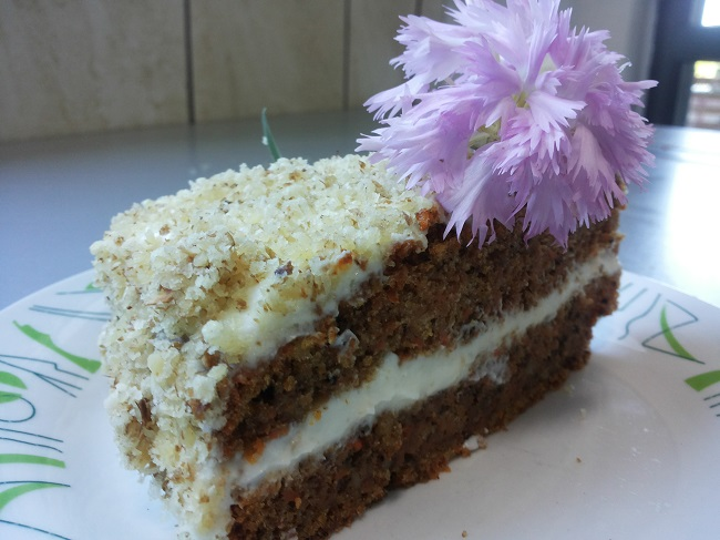 1-felie tort de morcovi carrot cake