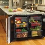 1-frigidere mici integrate sub blat in dulapurile din bucatarie
