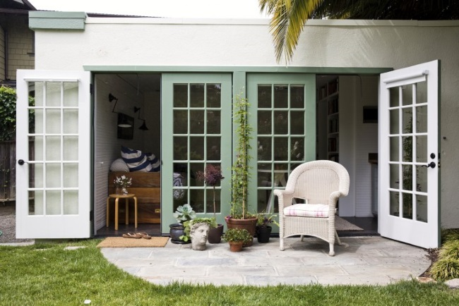 1-garaj transformat in casa de 17 mp pentru musafiri