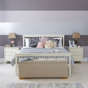 1-imprimeu in dungi orizontale in 3 culori decor perete dormitor