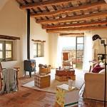 1-living casa rustica din piatra zona rurala spania