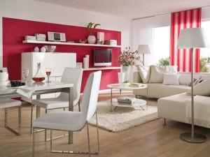 1-living mobila alba perete si perdele rosii