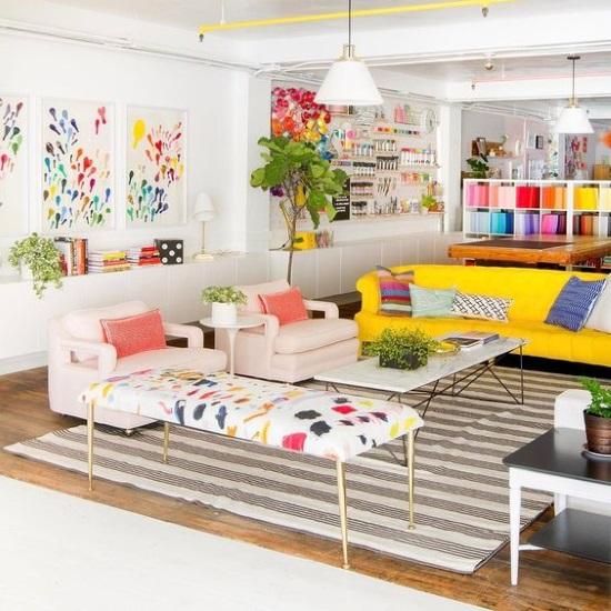 1-living open space plin de culoare si prospetime