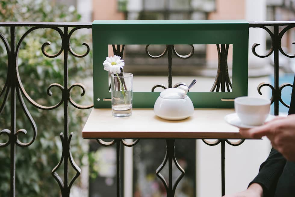 masuta cafea balustrada balcon mic