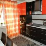 1-mobila wenge cu portocaliu decor bucatarie moderna de 9 mp