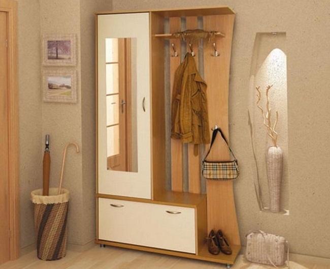1-mobilier compact pentru amenajarea unui hol mic si ingust