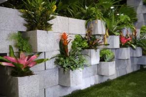 1-model gradina veritcala din boltari de beton pentru zidarie