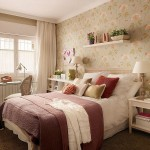 1-nuante-pastel-calde-in-decorul-unui-dormitor-romantic-cu-mobila-alba