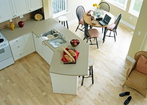 1-pardoseala placata cu parchet laminat amenajare bucatarie moderna