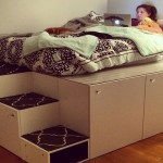1-pat DIY pe platforma inaltata din dulapuri de bucatarie