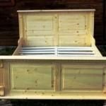 1-pat din lemn masiv de brad design rustic model Regal magazin Adecomn