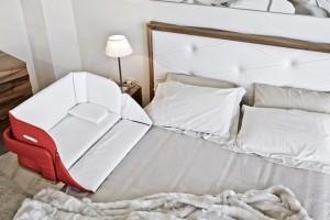 1-patut bebe ce poate fi atasat la patul parintilor