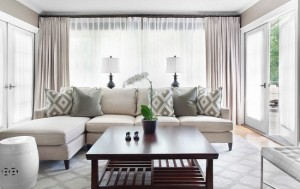1-perdele albe si draperii gri deschis decor living modern
