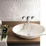 1-perete baie finisat cu marmura dantelata Rondo by Enzo Berti