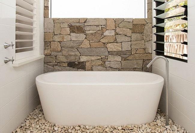 1-piatra naturala decor perete baie moderna inspiratie asiatica