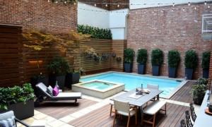 1-piscina mica intr-o gradina moderna minimalista