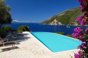 1-piscina panoramica vila de lux Meganissi Grecia