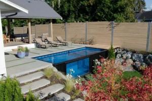 Container maritim transformat in piscina