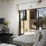 1-plinta si pardoseala asortate decor living modern
