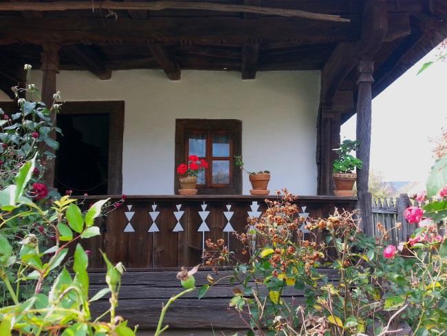 1 prispa frumoasa casa la tara