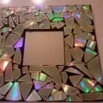 1-rama oglinda handmade decorata cu mozaic din bucati de cd